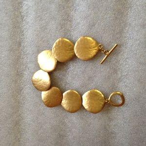 Hammered Gold Shell Bracelet - EUC
